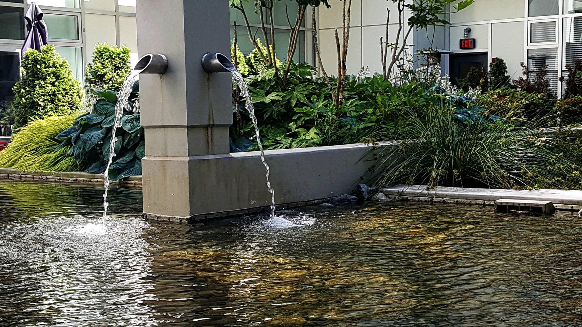 oasis-fountain2_pe